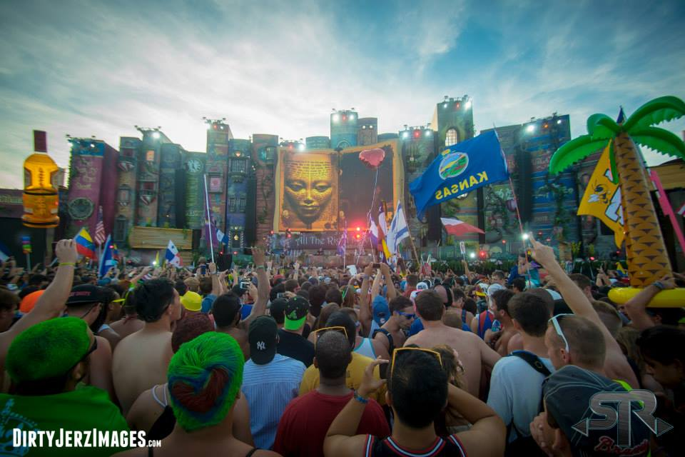 The Main Stage at TomorrowWorld