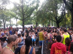 Fans Waited Outside the Festival Hoping for EZoo to Continue