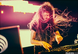 Bassnectar_Press_Pic_Rukes_tn
